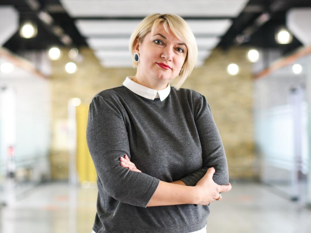 Голос.UA: Е. Ярошинская: «Нужно переориентировать вузы на практические занятия, чтобы у молодежи было будущее»