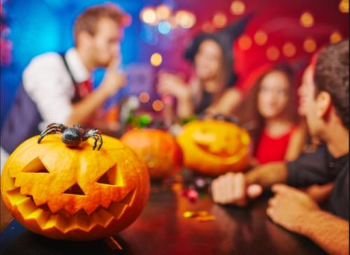 Вечірня Умань: Фотозони, вечірка та фільми просто неба: як в Умані святкуватимуть Хелловін